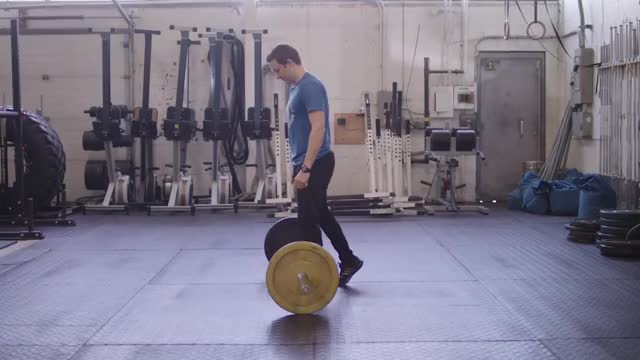 Split Stance Deadlift demonstration
