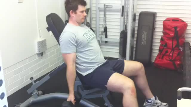 60-degree Incline Dumbbell Curl demonstration