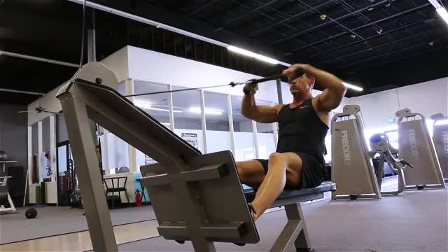 Male Seated High Cable Row demonstration
