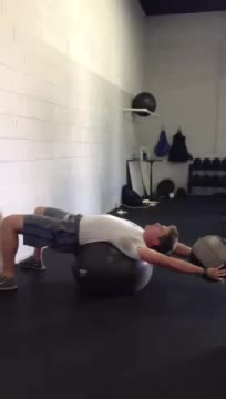 Medicine Ball Pullover Throw (against wall) demonstration