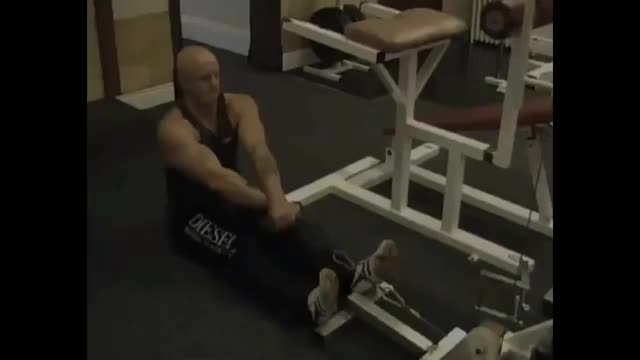 Rope Crossover Seated Row demonstration