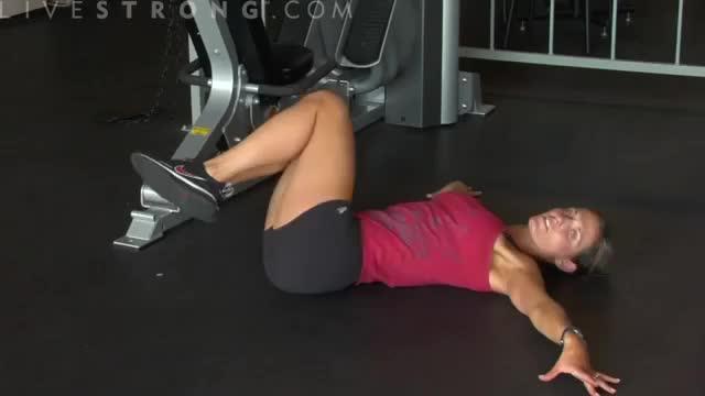Female Lower Abdominal Hip Roll demonstration