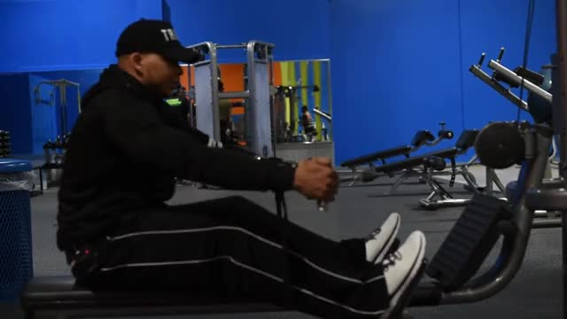 Male Cable Rear Delt Row demonstration