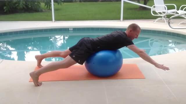 Male Physio Cobra demonstration