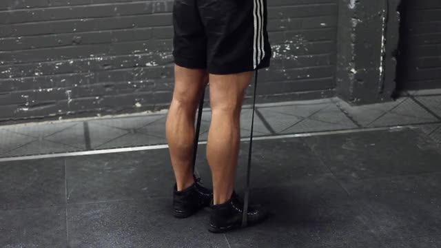 Calf Raises - With Bands demonstration