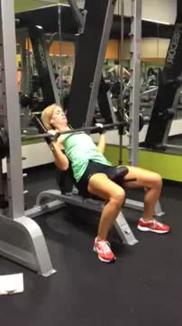 Female Smith Close Grip Incline Bench Press demonstration