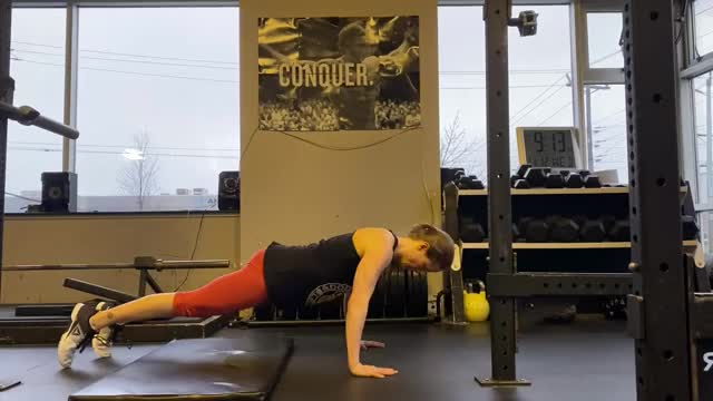Female Eccentric Only Push Up demonstration