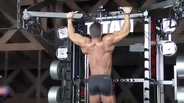 Male Pull-up (open-centered bar) demonstration