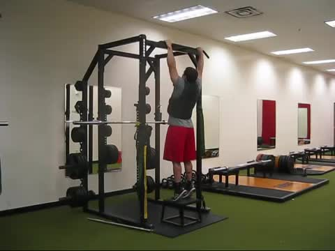 Male Iso Hold On Pull Up Bar demonstration