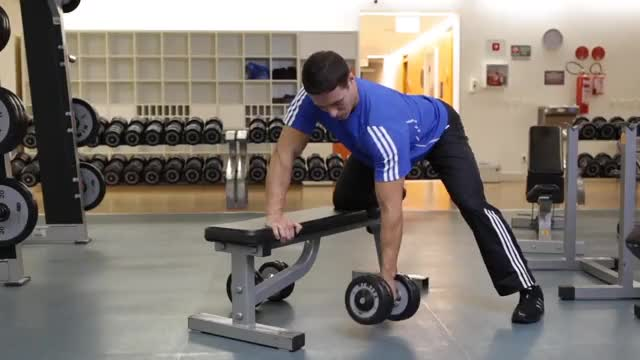 Supported Bent-Over Single Arm Dumbbell Extension demonstration