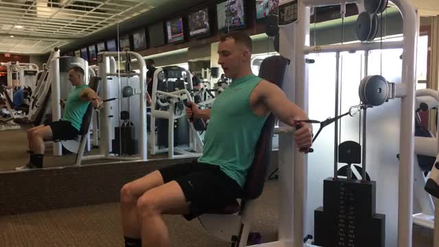 Male Lever Seated Decline Fly demonstration