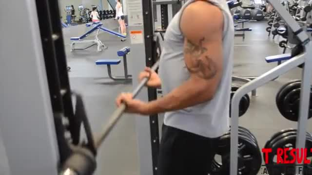 Male Smith Machine Bicep Curl demonstration