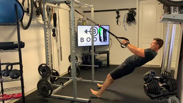 Suspension Arm Curl demonstration