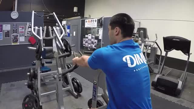 Hammer Strength Two-Arm Row demonstration