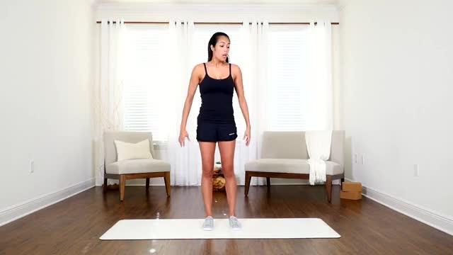 Female Bodyweight Side Lunge demonstration
