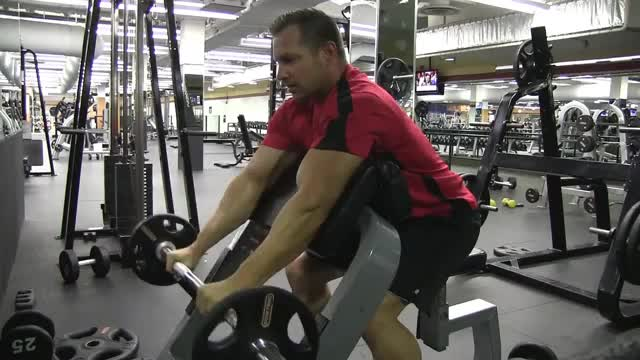 Barbell Reverse Preacher Curl demonstration