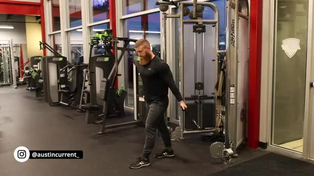Male Two Arm Low Pulley Cable Curl demonstration