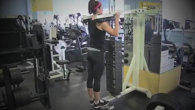 Female Toes Out Standing Calf Raise demonstration