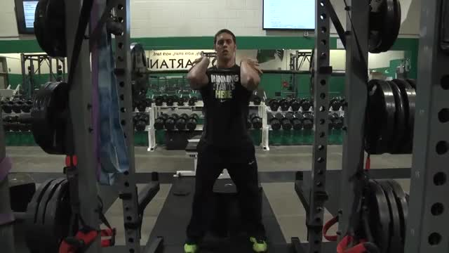 Front Squat (Clean Grip) demonstration