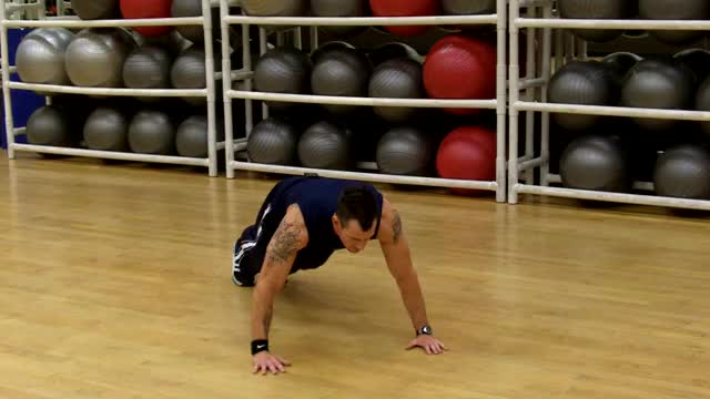 Plyometric Push Up demonstration