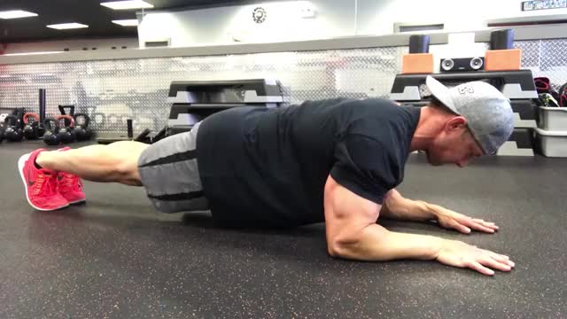 Plank to Extension demonstration