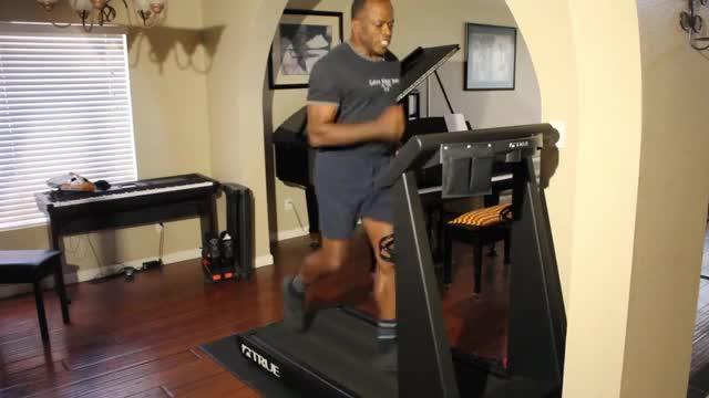 Jogging-Treadmill demonstration