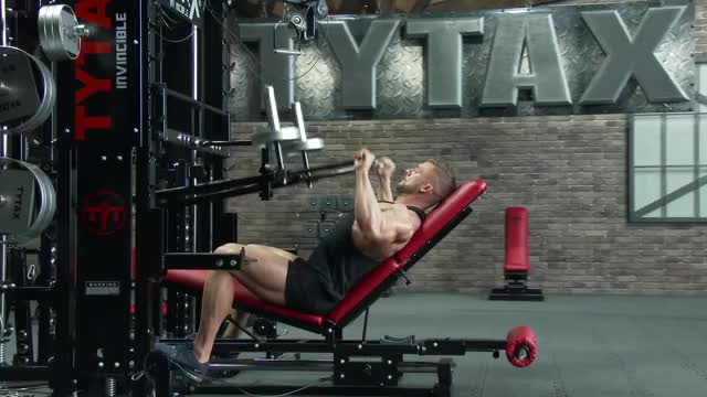 Male Lever Barbell Incline Bench Press (plate loaded) demonstration