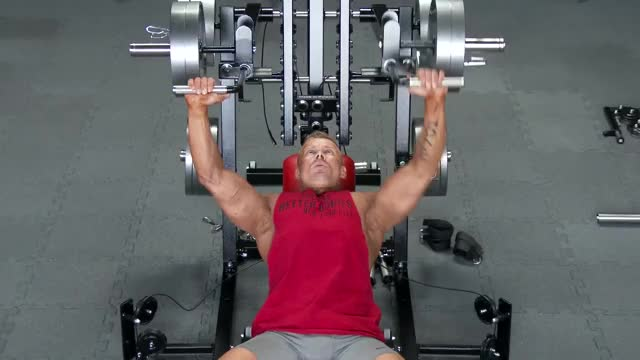 Male Lever Incline Bench Press demonstration