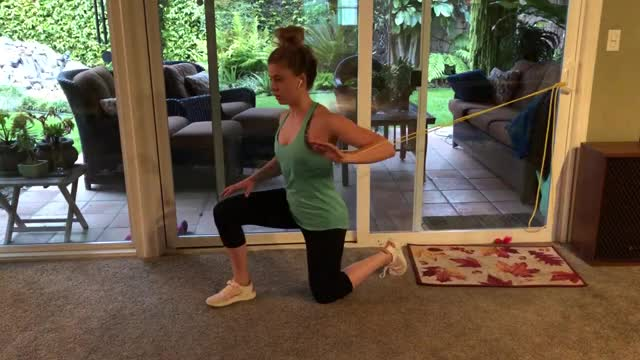Female Banded One-Arm Chest Press demonstration