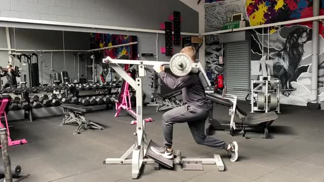 Lever Split V-Squat demonstration