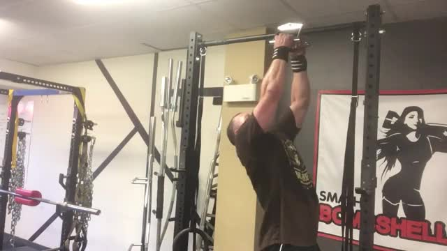 V-Bar Pullup demonstration