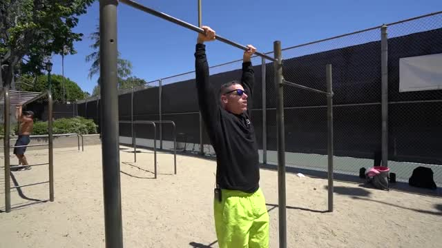 Muscle Up demonstration