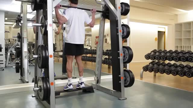 Standing Machine Calf Raise demonstration