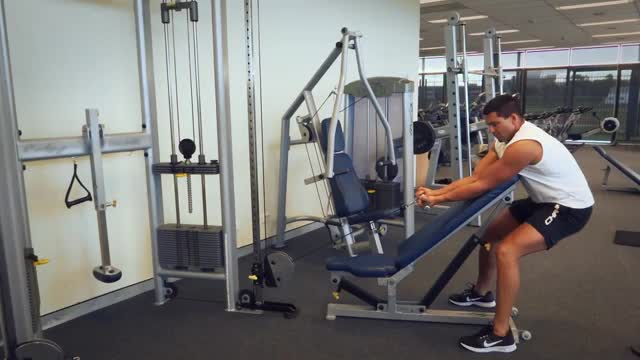Preacher Curl with Cable demonstration