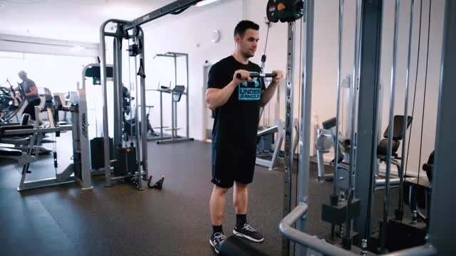 Male Cable Bar Pushdown demonstration