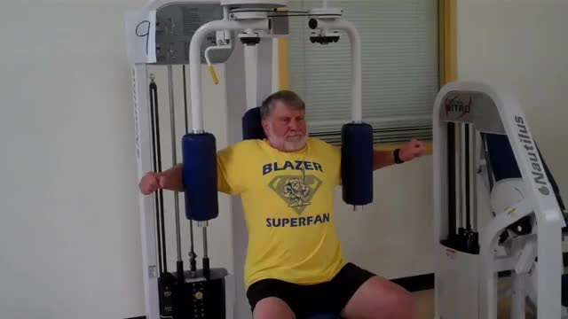 Lever Seated Fly (gripless) demonstration