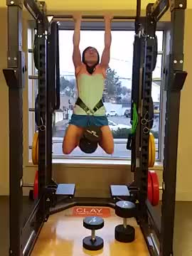 Female Weighted Chin-up demonstration