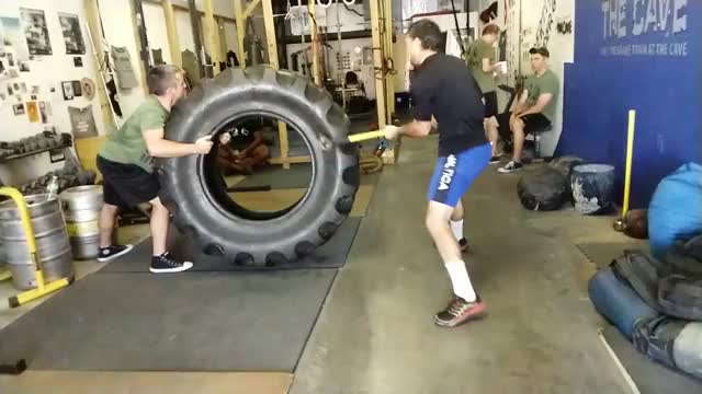 Lateral Sledgehammer Swing demonstration