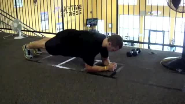 Male 3-Way Plank demonstration