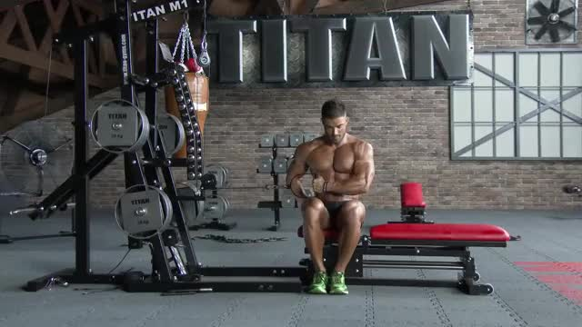 Cable Seated Shoulder External Rotation demonstration