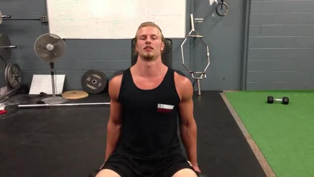 Seated Zottman Curl demonstration