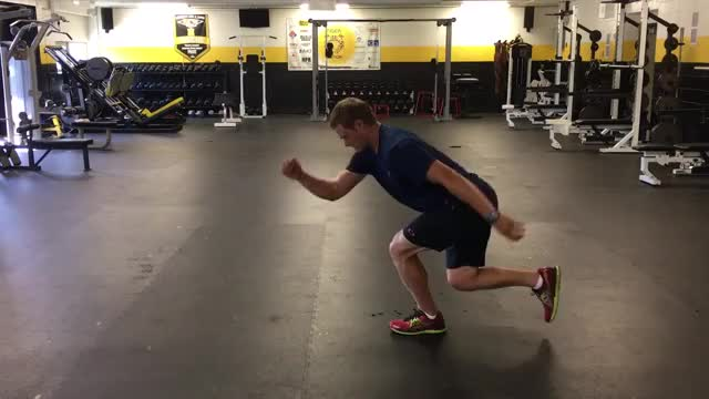 Male Single Leg Vertical Hop demonstration