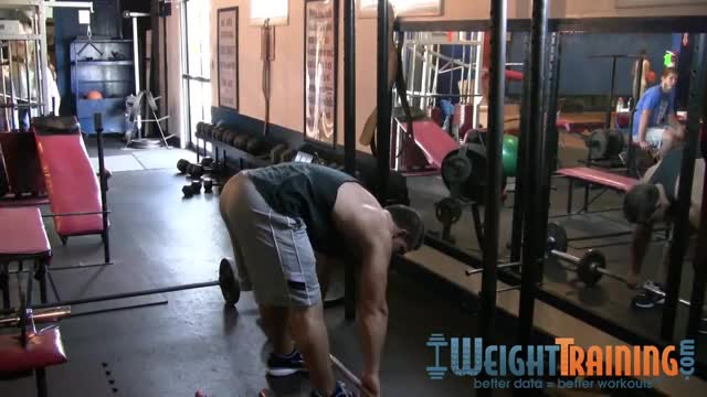 Barbell Straight-Leg Deadlift to Row demonstration