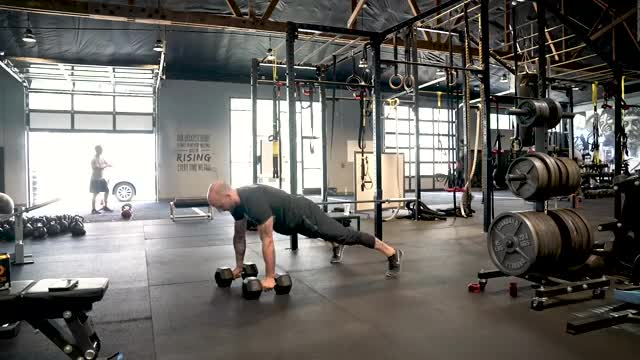Drop Push Up with 5sec Concentric demonstration