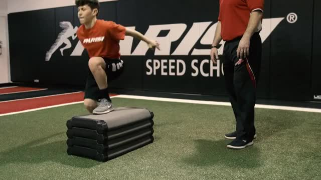 Male Single Leg Vertical Power Jump demonstration