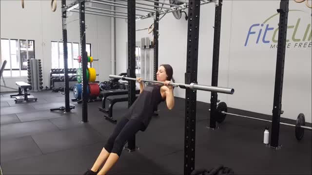 Female High Inverted Row demonstration