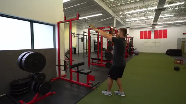 Face Pull with External Rotation demonstration