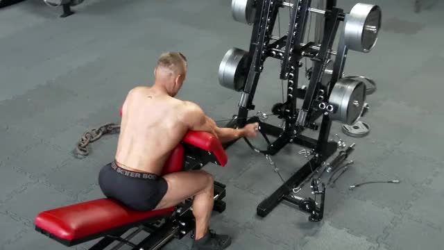 Male Cable Preacher Curl (stirrups) demonstration