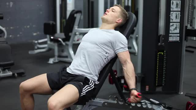 Male Cable Alternating Seated Curl demonstration