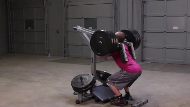 Male Lever Squat (plate loaded) demonstration